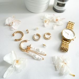 9 pcs Bundle - H&M Gold Earrings & Earcuffs